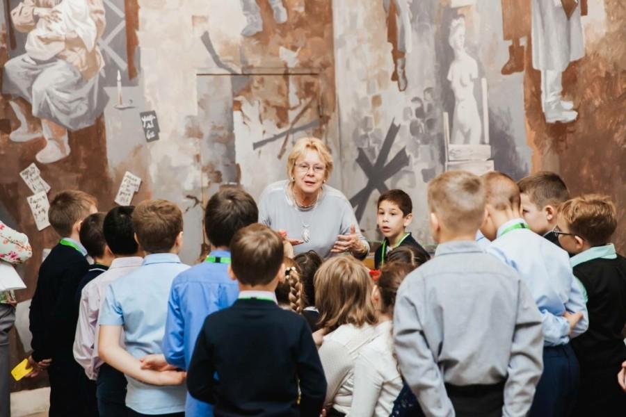 В честь Дня учителя уроки истории проходят в Музее Победы