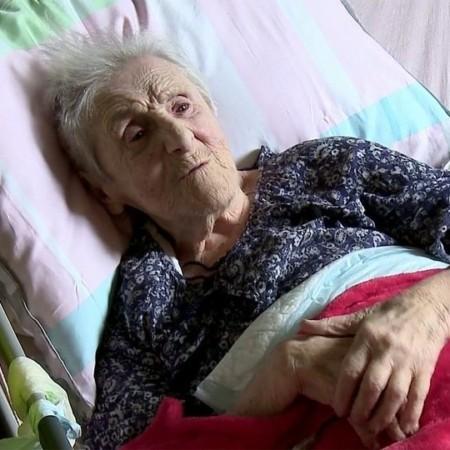 В Париже российский паспорт получила 96-летняя Мария Смульская
