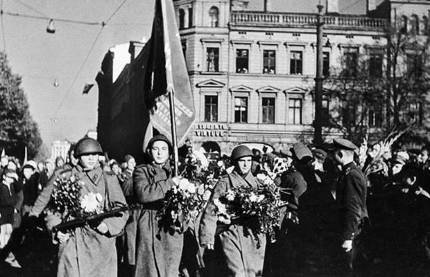Посольством РФ в Латвии был создан сайт с «Реестром захоронений» Первой мировой и ВОВ