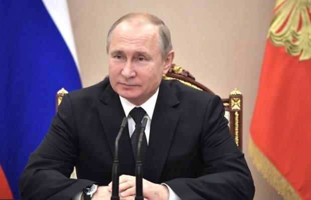 Владимир Путин присвоил аэропортам имена выдающихся россиян