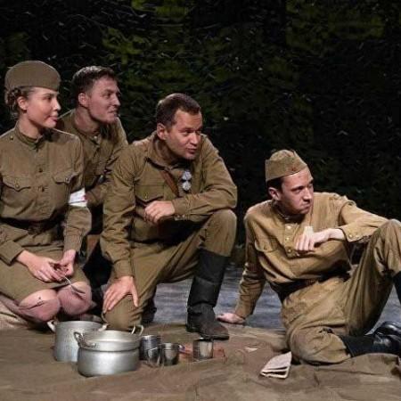 К 75-летию Великой Победы: «По дорогам фронтовых театров»