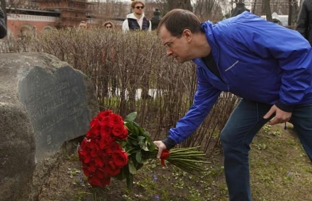 Владимир Мединский вместе с волонтерами дал старт программе «Волонтеры культуры»