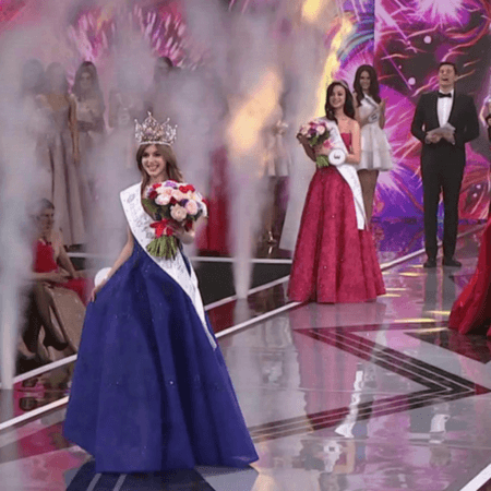В Москве самые красивые девушки страны боролись за титул «Мисс Россия»