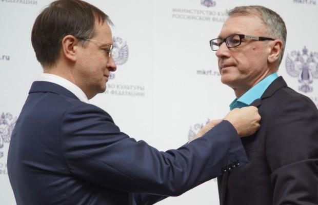 Владимир Мединский вручил государственные и ведомственные награды в День работника культуры