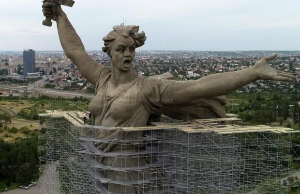 Реставрация легендарной скульптуры «Родина-мать» подходит к завершению