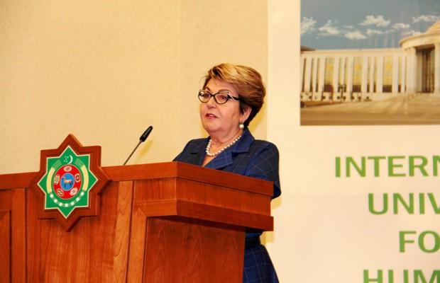 Элеонора Митрофанова представила в Ашхабаде гуманитарные проекты