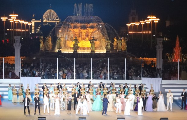 Дни культуры Казахстана в России открылись гала-концертом на ВДНХ