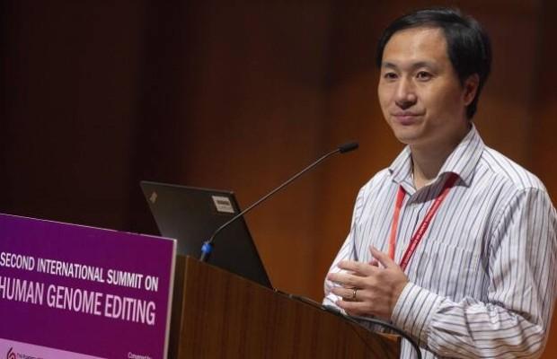В Китае на три года осужден скандально известный генетик