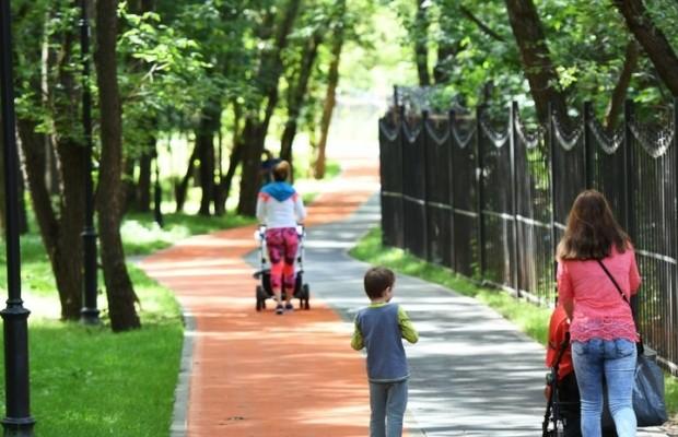 Семейная поддержка: Путин подписал закон о пособиях на детей