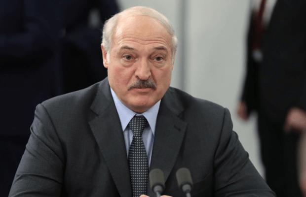 Лукашенко призвал «добавить фишку» аэропорту Минска после открытия ВПП