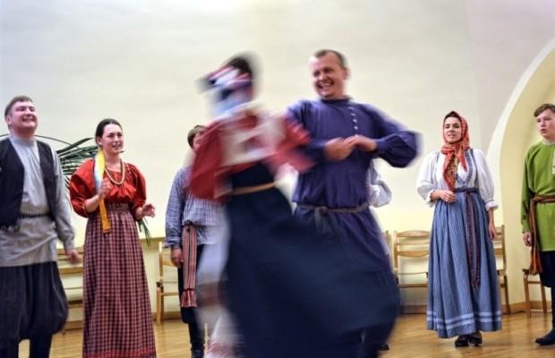 XIV Международный фольклорный фестиваль «Покровские колокола»
