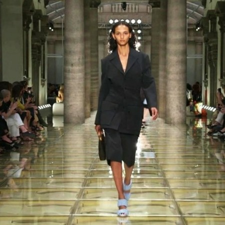 В Милане лучшие дизайнеры представили коллекции весна/лето-2020