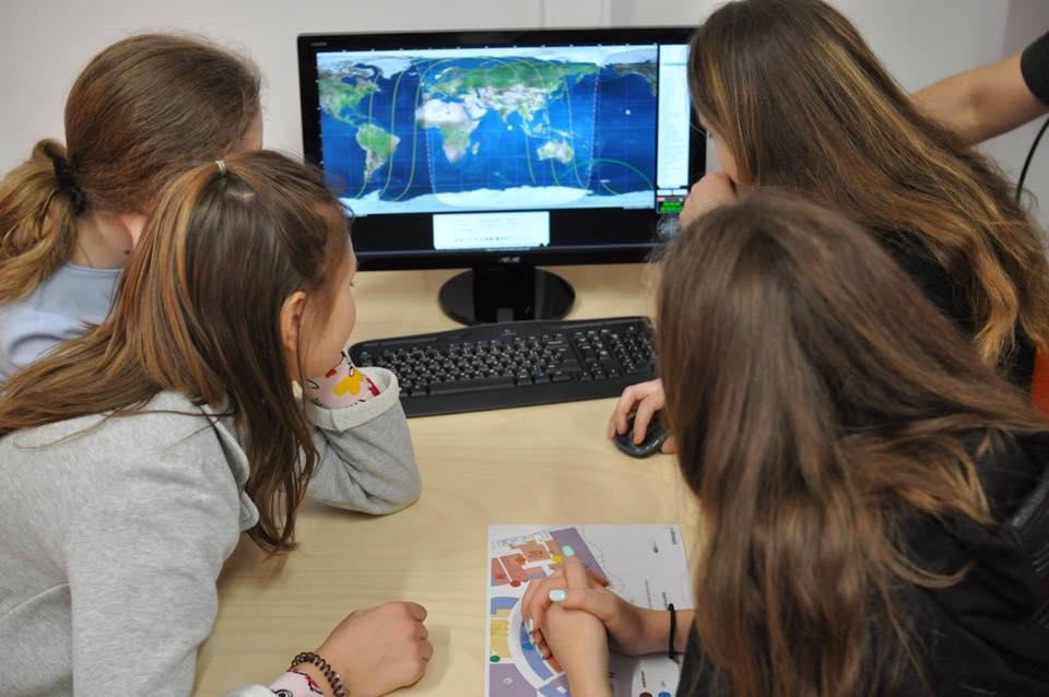"""""""Детский университет"""" приглашает детей соотечественников в научные образовательные проекты"""
