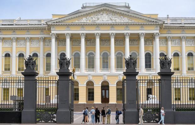 Русский музей открылся для посетителей
