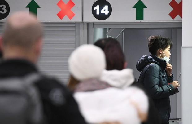 Госдума утвердила электронные визы для въезда в РФ