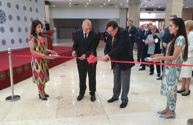В Национальном музее Республики Таджикистан состоялось открытие выставки «Никто не забыт, ничто не забыто»