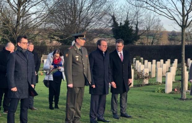 Масштабная акция в память о павших в годы Второй мировой войны советских воинах проходит по всему миру