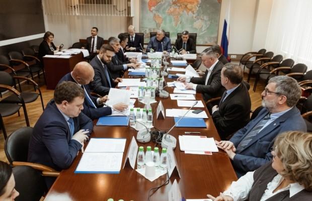 В Госдуме представлены программы Россотрудничества к 75-летию Победы для стран СНГ