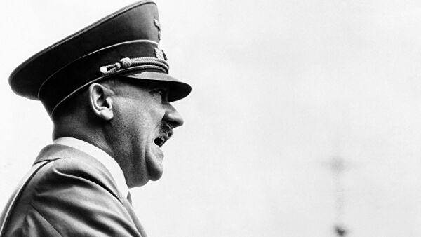 Историк рассказал, ради какой страны Гитлер был готов сдать Берлин