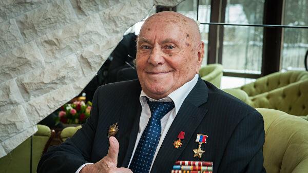 На 104-ом году жизни умер легендарный разведчик, спасший Краков от уничтожения в 1945 году