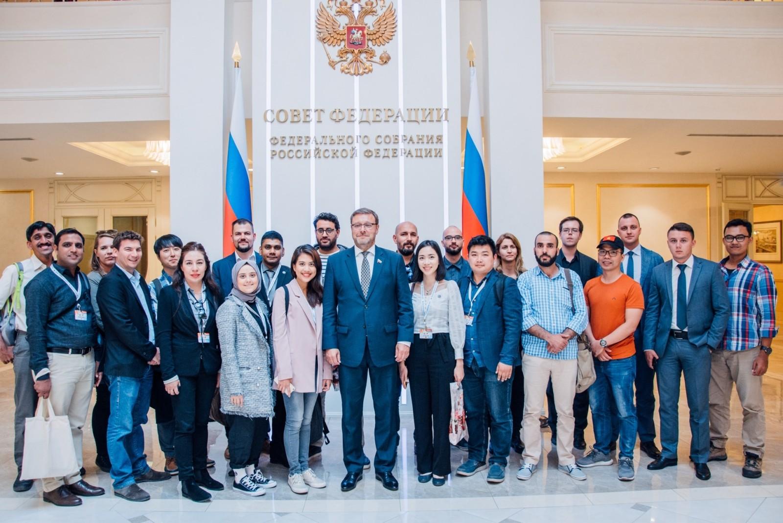 Как молодому лидеру иностранного государства стать участником программы «Новое поколение» в 2020 году