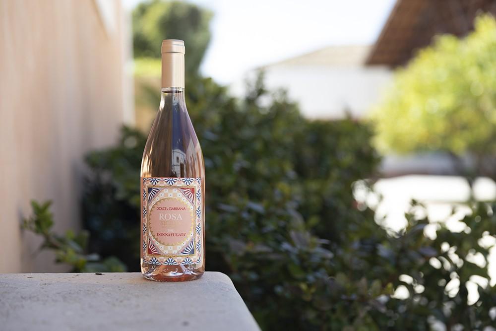 Dolce & Gabbana и винодельня Donnafugata выпустили собственное розовое вино