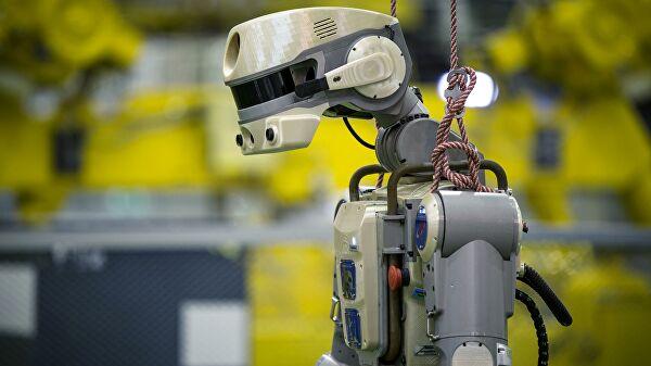 Российскую лунную базу будут строить роботы