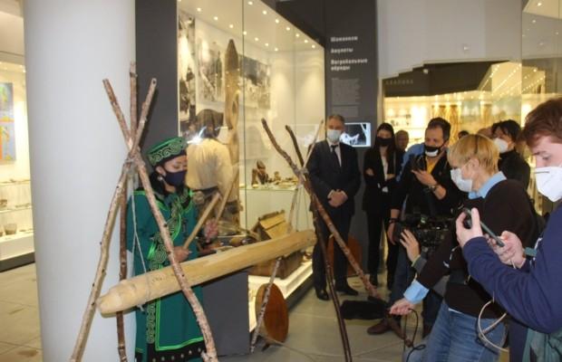 Иностранные журналисты в рамках пресс-тура посетили Сахалинскую область