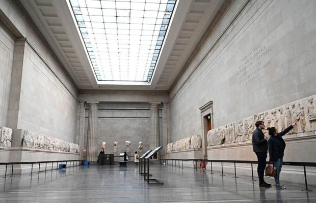 Музеи Британии разберутся с прошлым экспонатов