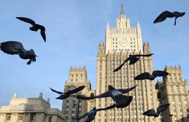 МИД призвал застрявших за рубежом россиян немедленно сообщить о себе