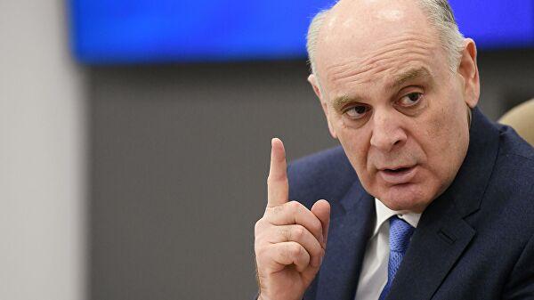 Кандидата в президенты Абхазии Аслана Бжанию сегодня поздравили с победой