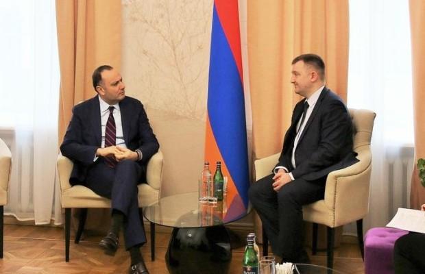 В Москве обсудили перспективы российско-армянского молодежного сотрудничества