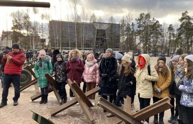 Выставка к Дню полного освобождения Ленинграда от немецко-фашистской блокады, прошла во Всеволожске