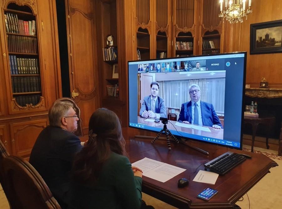 Посольством РФ в Чехии была организована встреча чешских выпускников МГИМО