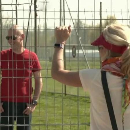 На закрытую границу между Швейцарией и Германией ежедневно приходят десятки влюбленных пар