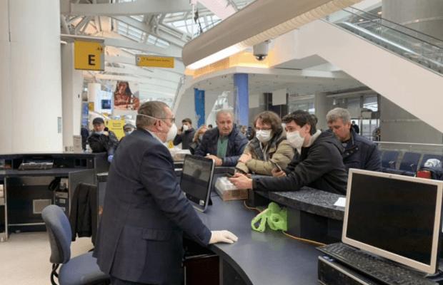 Дипломаты поблагодарили соотечественников из США за помощь россиянам