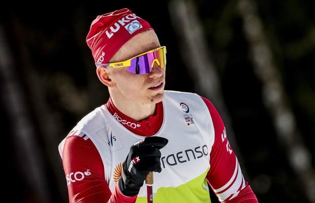 Российский лыжник Александр Большунов стал чемпионом мира в скиатлоне