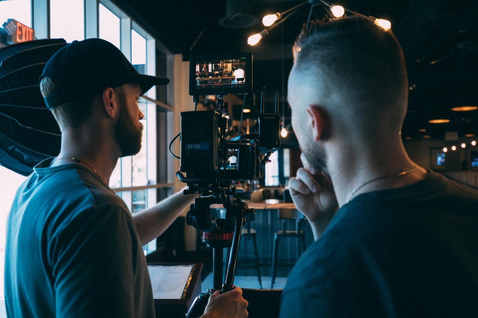 Школа ИНДУСТРИЯ начинает бесплатный цикл лекций о кино