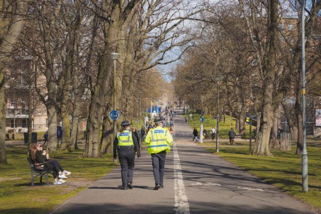 Шотландия и Уэльс объявили о снятии коронавирусных ограничений