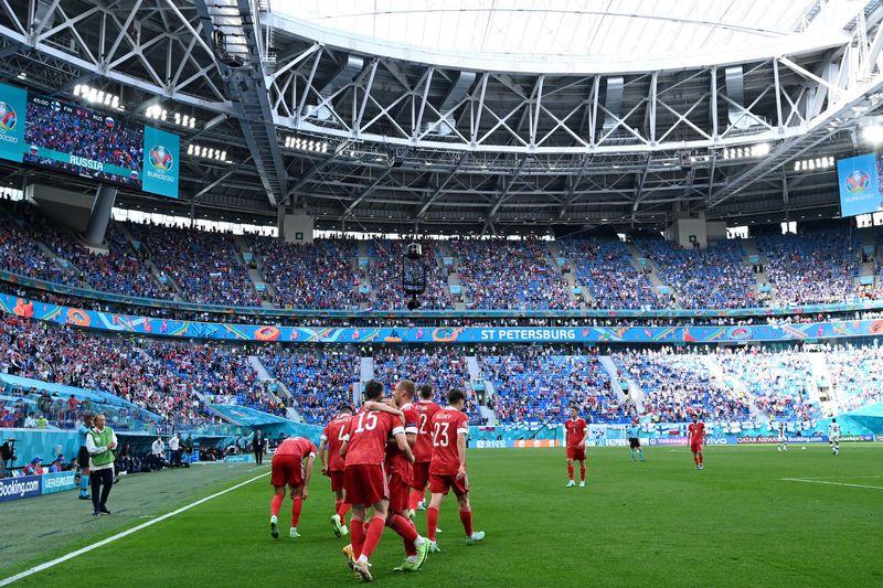 Сборная России по футболу одержала первую победу на Евро-2020
