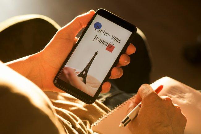 Франция хочет вернуть языку Мольера его позиции в ЕС
