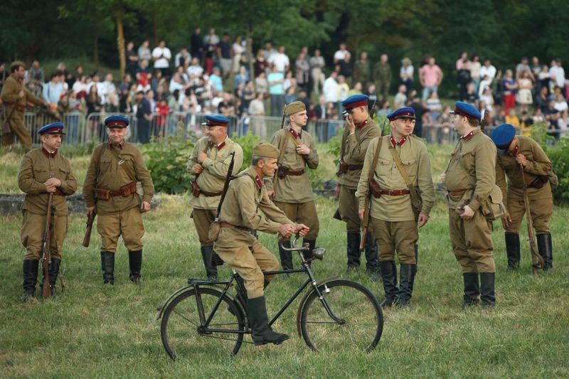 В Бресте белорусы и россияне почтили память защитников крепости